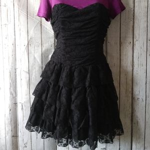 Forever21 12x12 lace ruffles corset dress Medium
